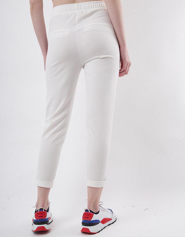Pantalon deportivo frase